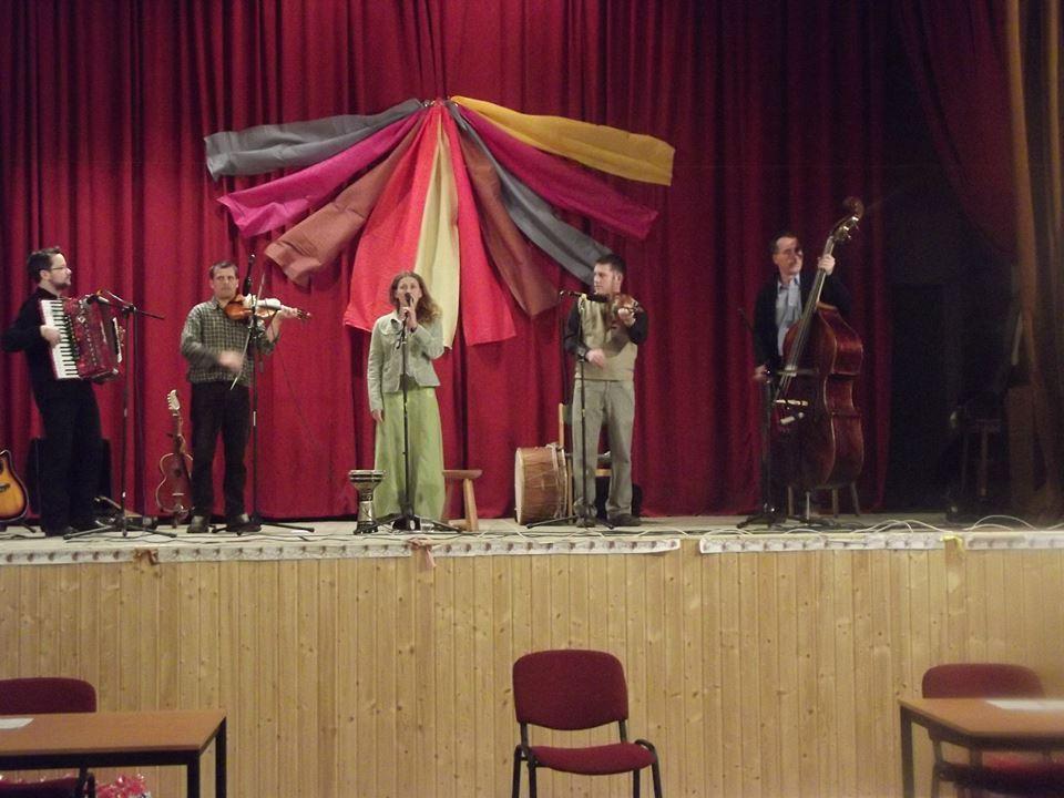 A Vaskarika Együttes műsora