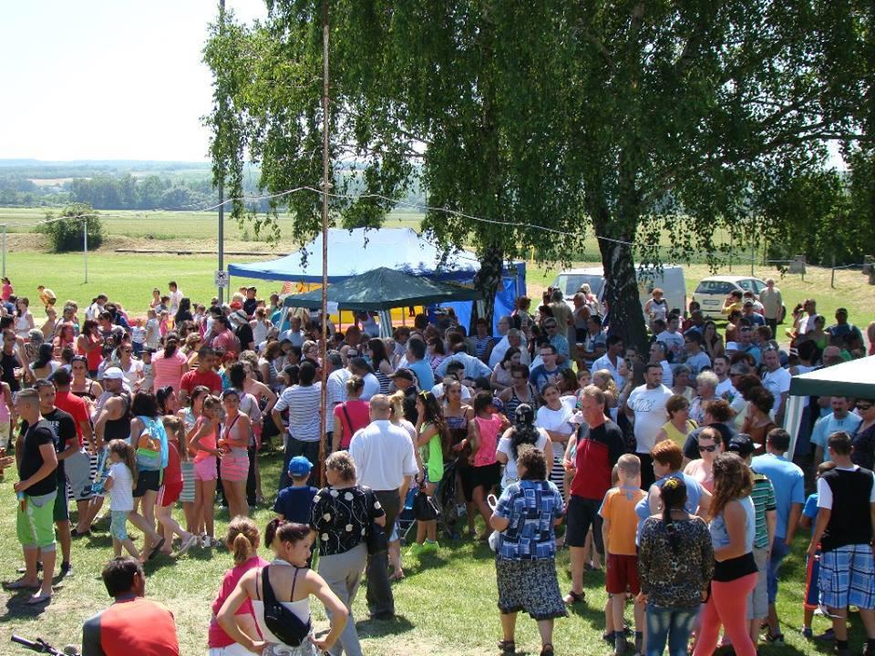 Nagyon meleg volt, de sokan jöttek el a közös ünnepünkre